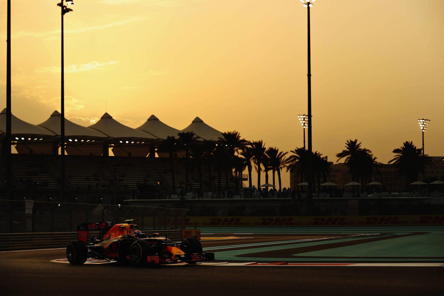 Salracing - Max Verstappen | Red Bull Racing