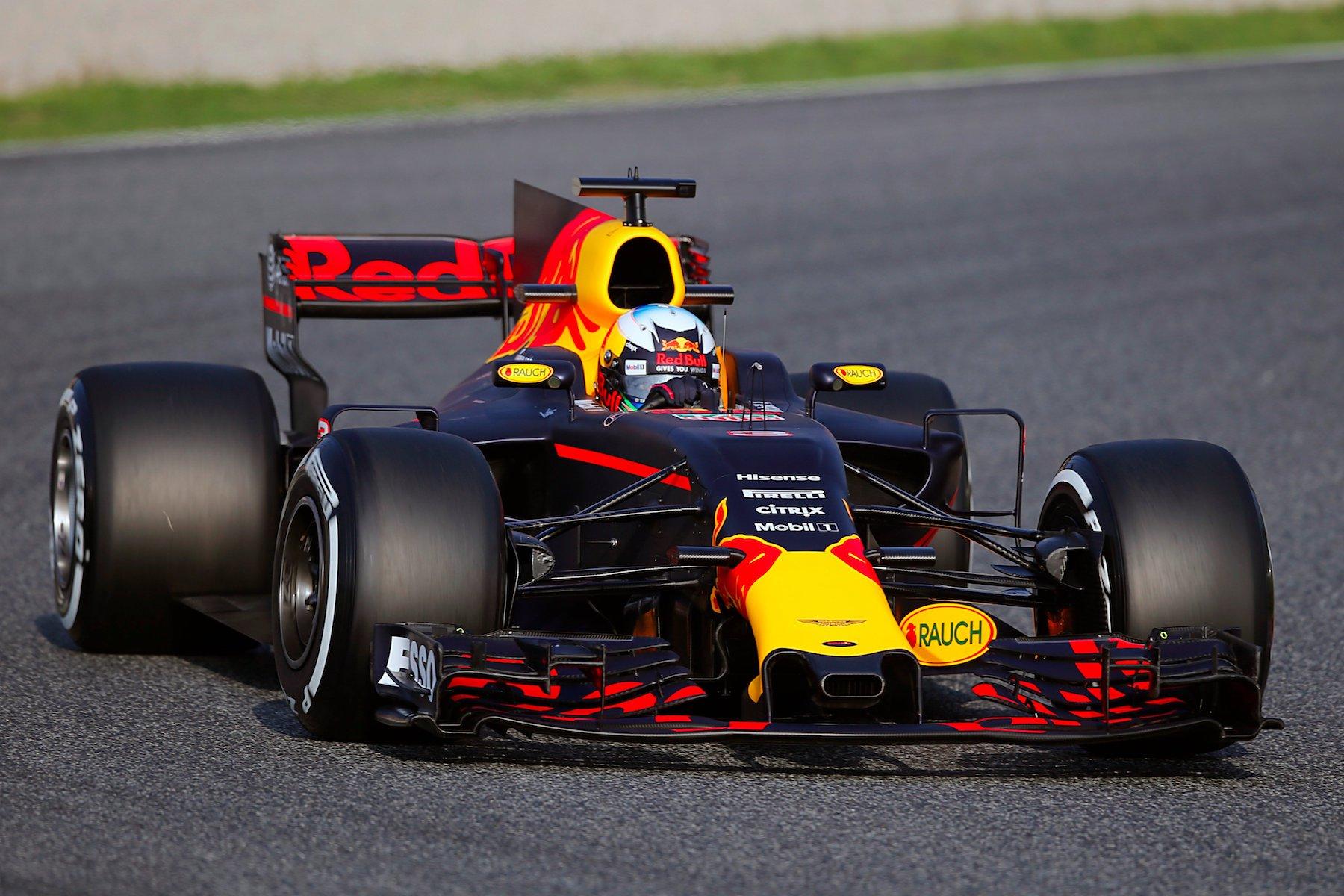 Salracing | Red Bull RB13
