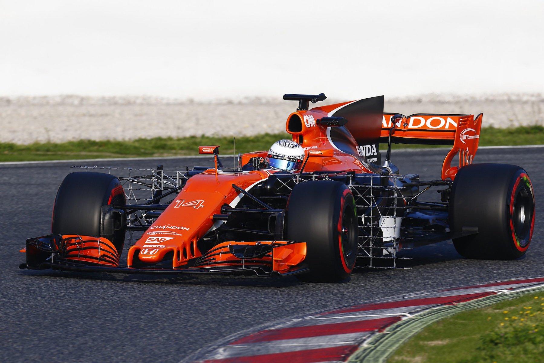 Salracing | McLaren MCL32
