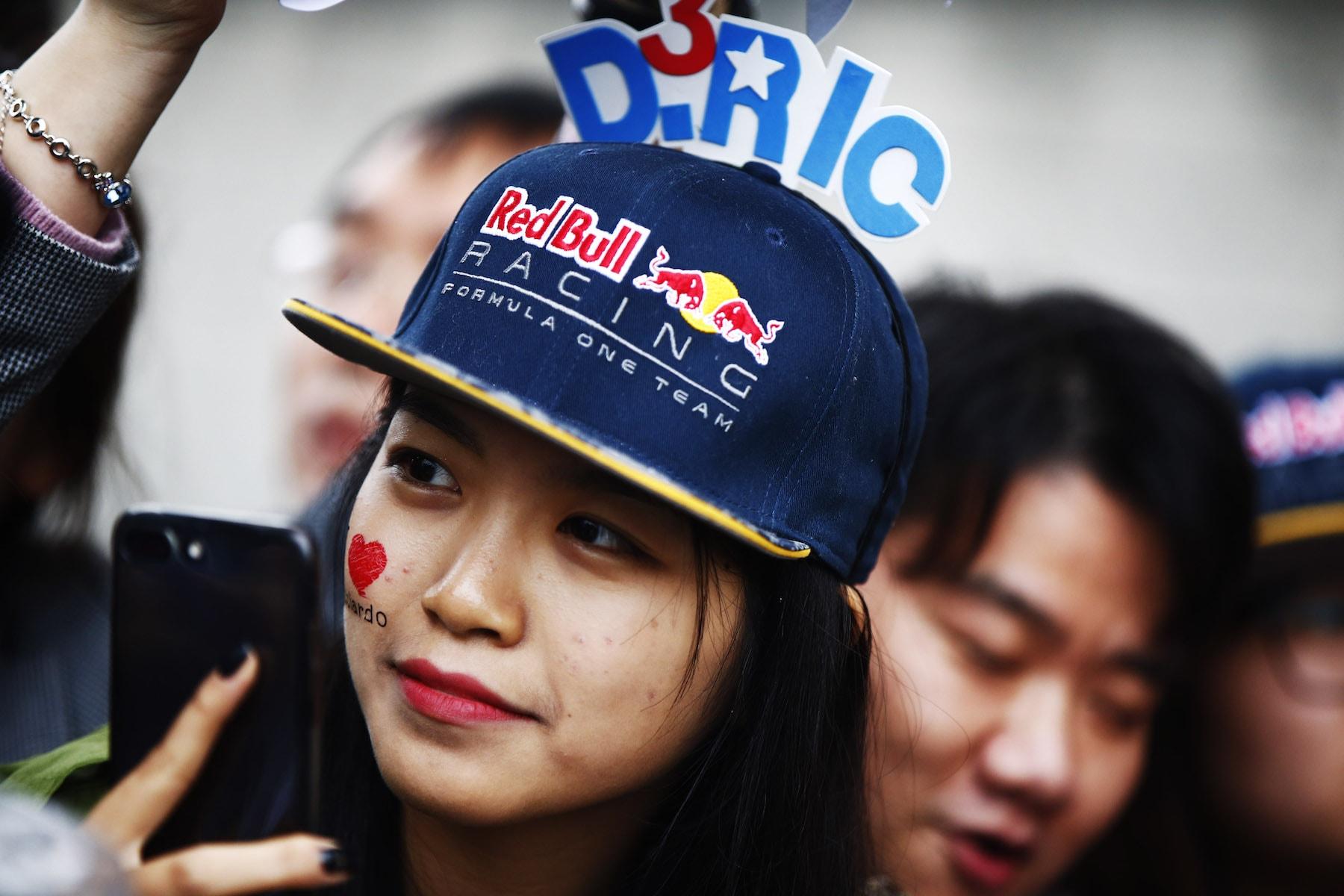 2017 chinese fan | 2017 Chinese GP copy.jpg
