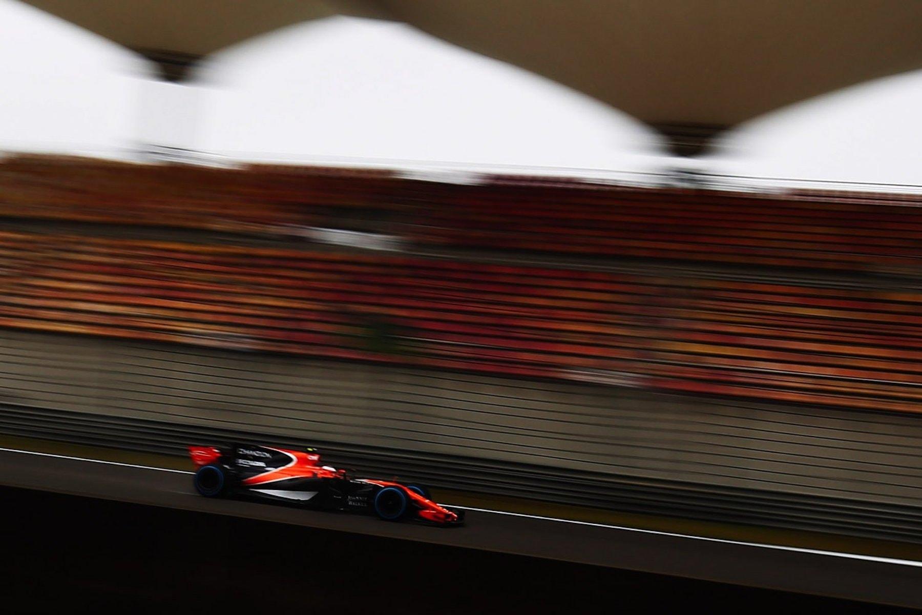 2017 Stoffel Vandoorne | McLaren MCL32 | 2017 Chinese GP FP1 1 copy.jpg