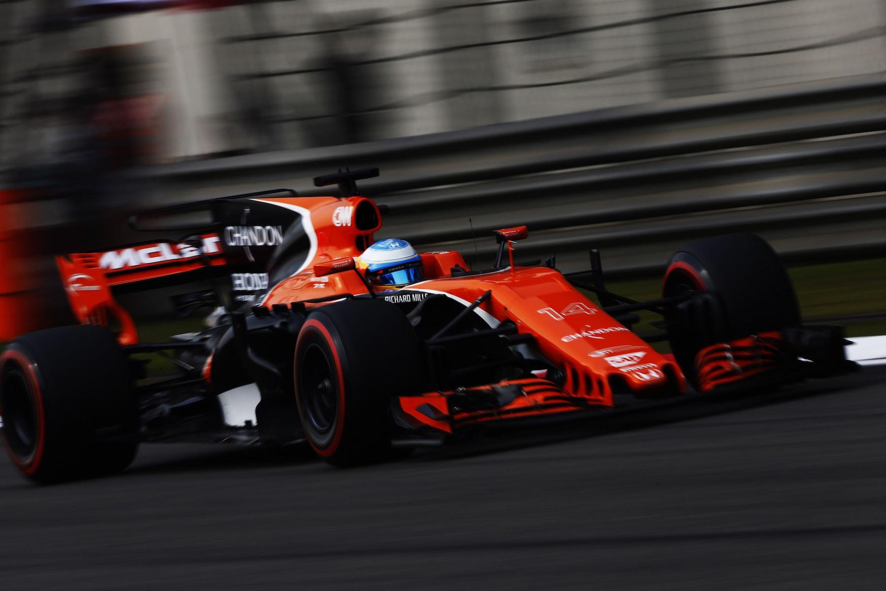 2017 Fernando Alonso | McLaren MCL32 | 2017 Chinese GP Q 1 copy.jpg