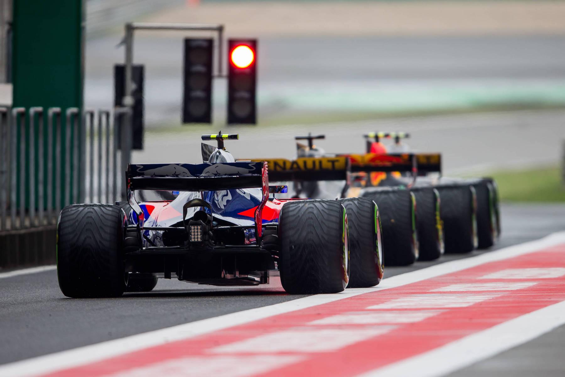 D 2017 Carlos Sainz | Toro Rosso STR12 | 2017 Chinese GP P7 1 copy.jpg