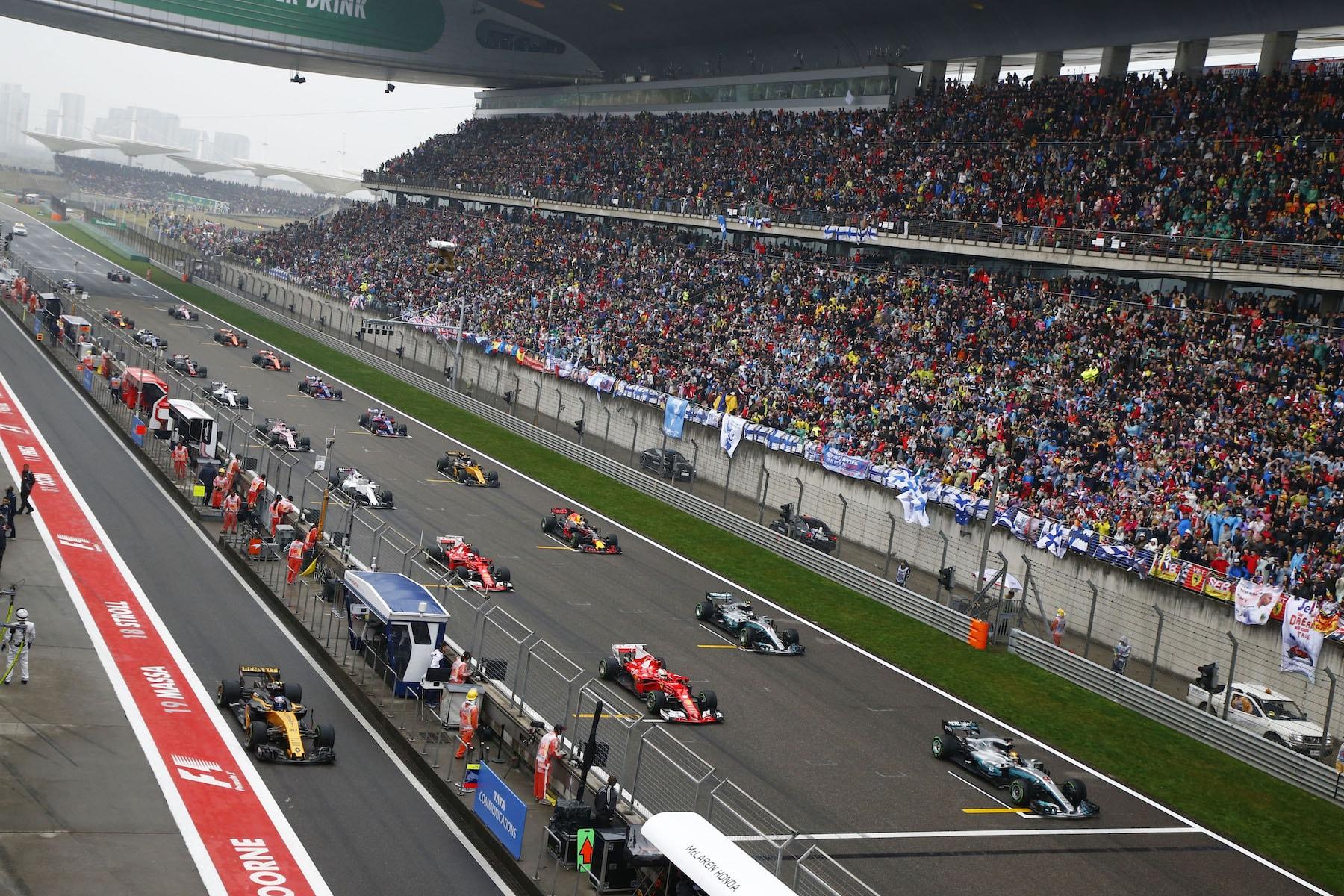 A 2017 Chinese GP start 2 copy.JPG