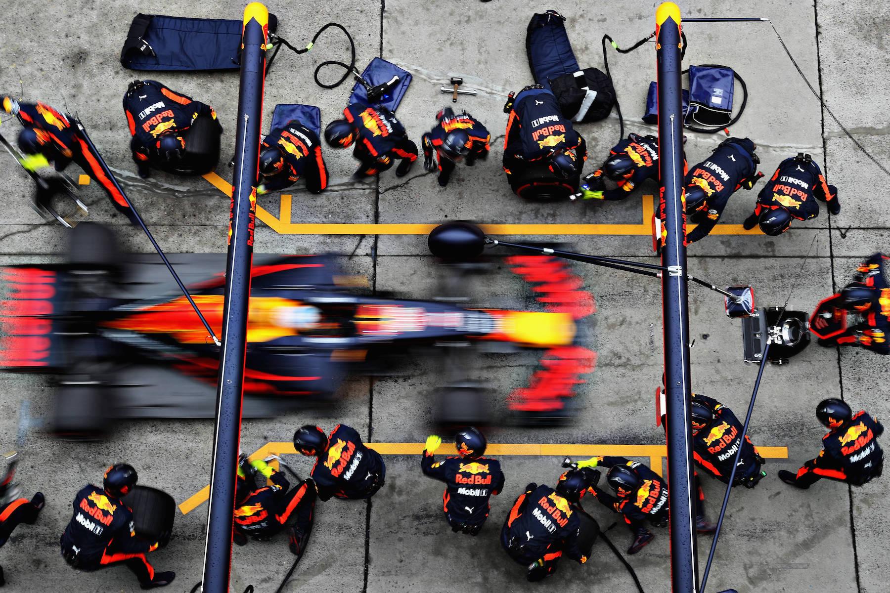 H 2017 Daniel Ricciardo | Red Bull RB13 | 2017 Chinese GP P4 1 copy.jpg
