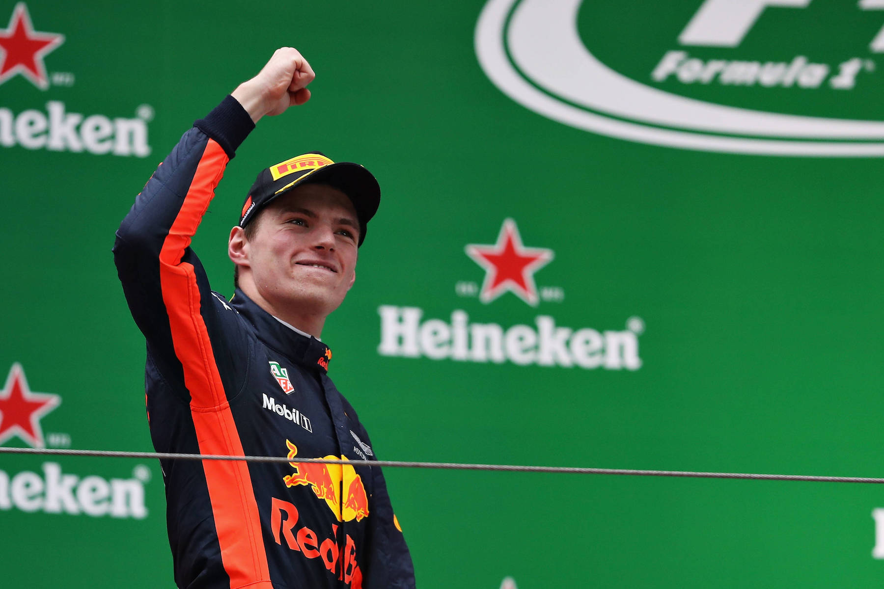 W 2017 Max Verstappen | Red Bull RB13 | 2017 Chinese GP P3 5 copy.jpg