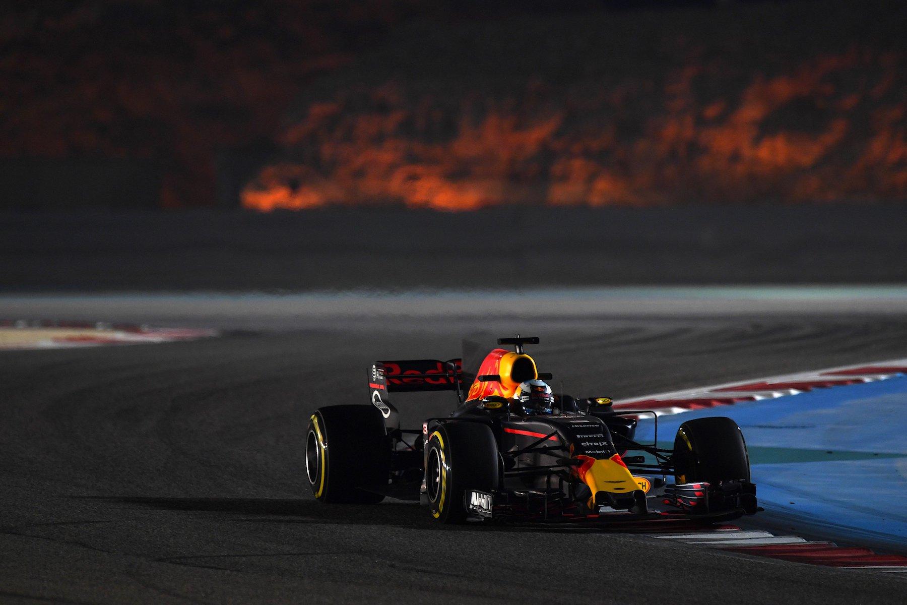 2017 Daniel Ricciardo   Red Bull RB13   2017 Bahrain GP FP2 1 copy.jpg