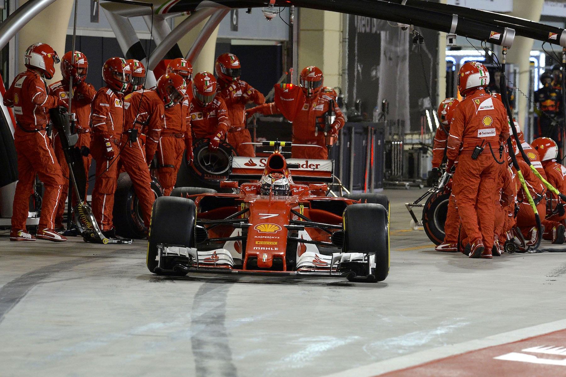 J 2017 Kimi Raikkonen   Ferrari SF70H   2017 Bahrain GP P4 2 copy.jpg