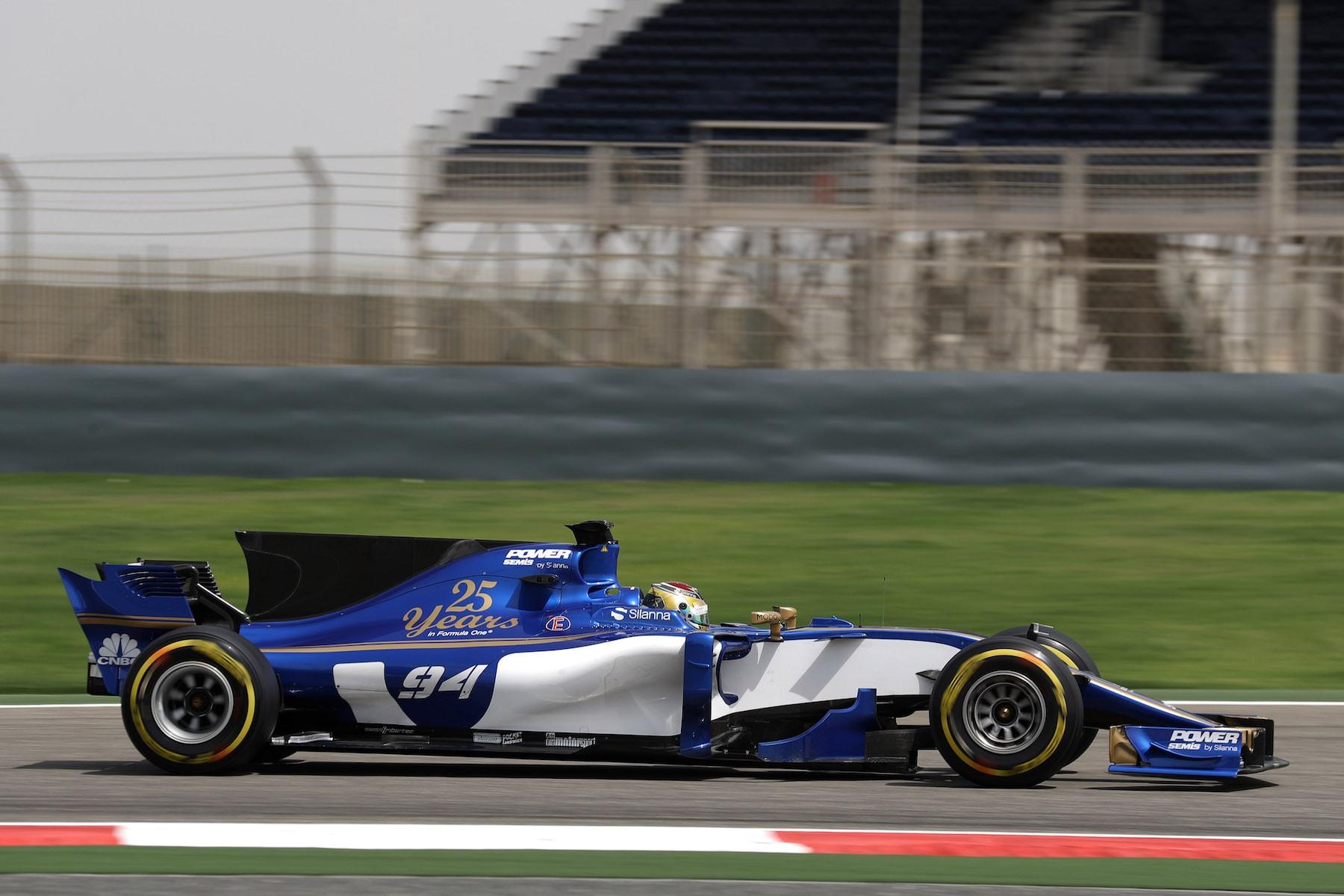 2017 Pascal Wehrlein | Sauber C36 | 2017 Bahrain test 1 copy.jpg