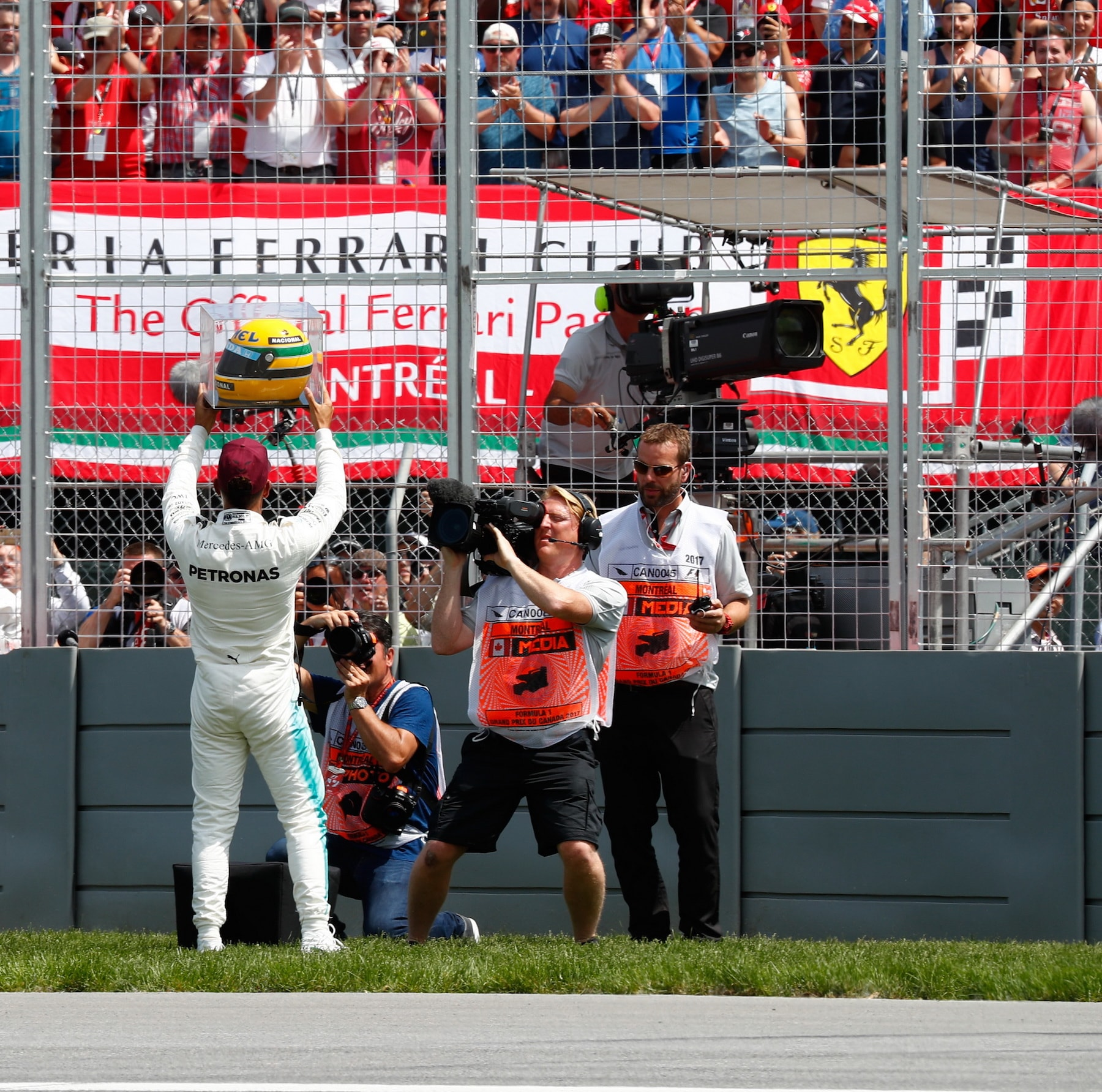 2017 Lewis Hamilton with Ayrton Senna helmet from 1987 gifted by Senna family for equalling 65th poles in F1 1 copy.JPG