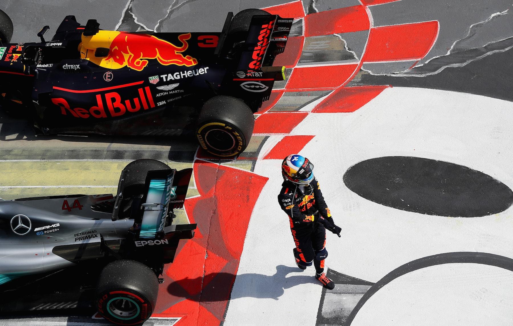 W 2017 Daniel Ricciardo | Red Bull RB13 | 2017 Canadian GP P3 2 copy.jpg