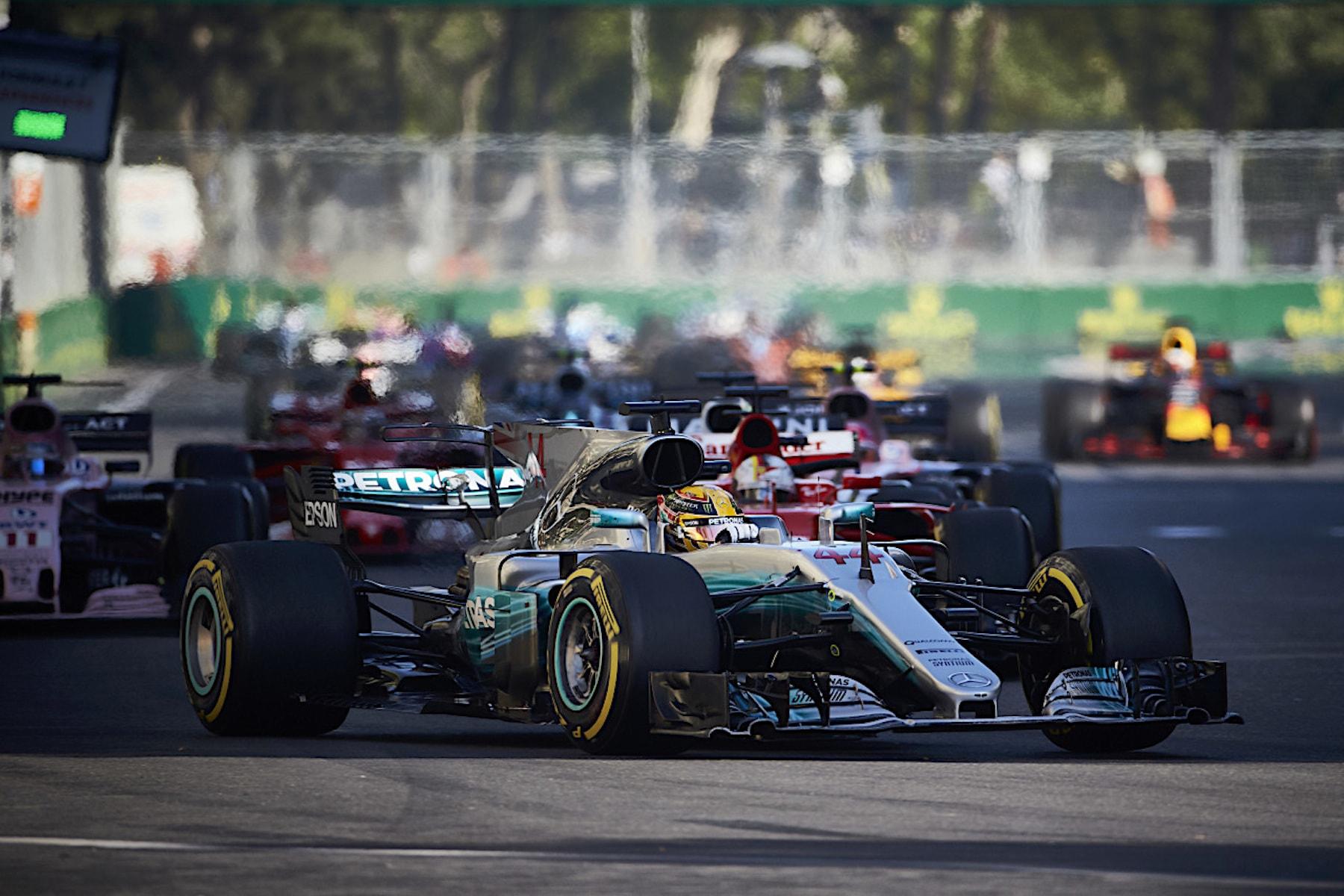 D 2017 Azerbaijan GP start 3 copy.jpg