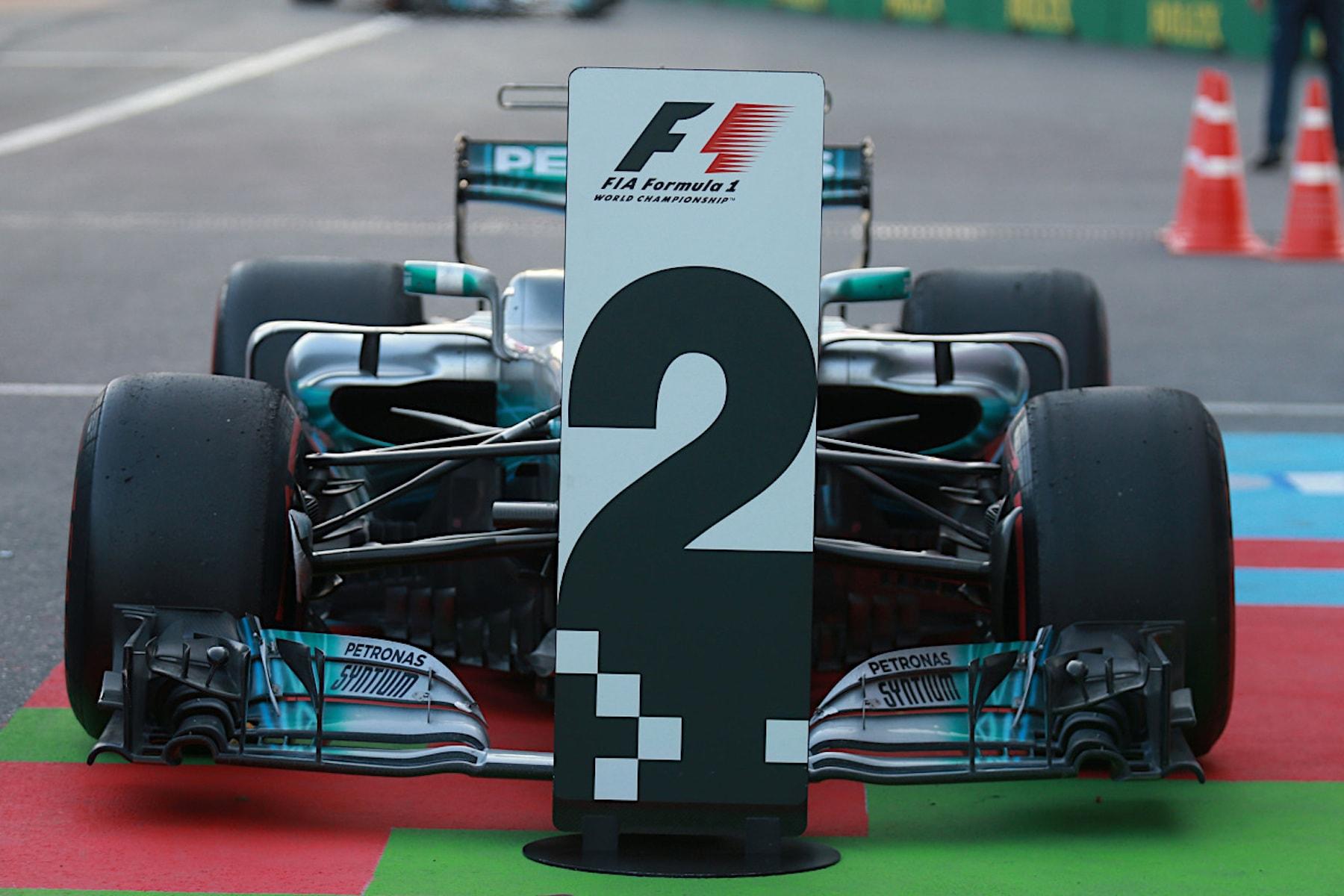 U 2017 Valtteri Bottas | Mercedes W08 | 2017 Azerbaijan GP P2 4 copy.jpg
