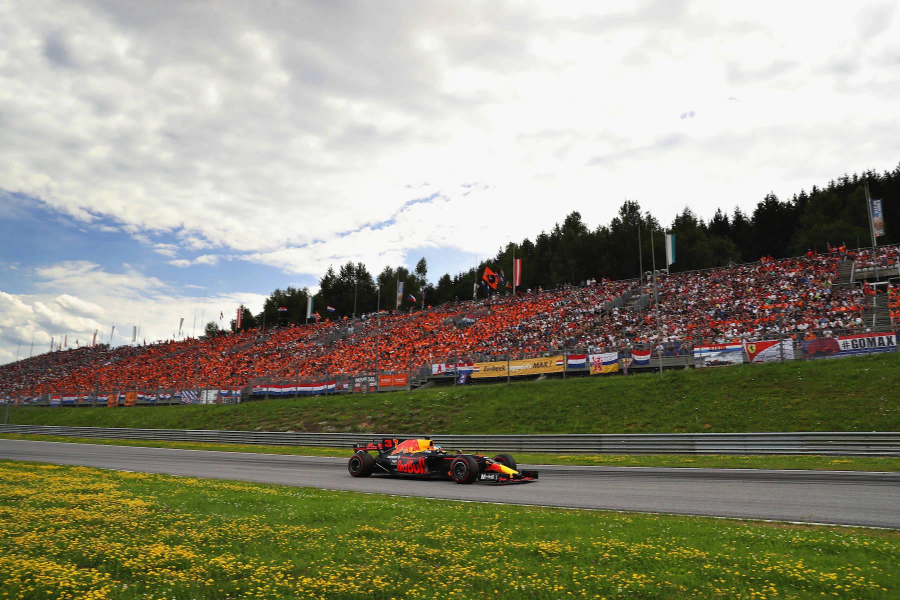 G 2017 Daniel Ricciardo | Red Bull RB13 | 2017 Austrian GP P3 3 copy.jpg