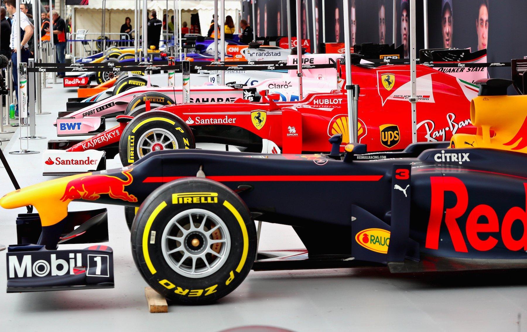 2017 F1 Live London 1 copy.jpg
