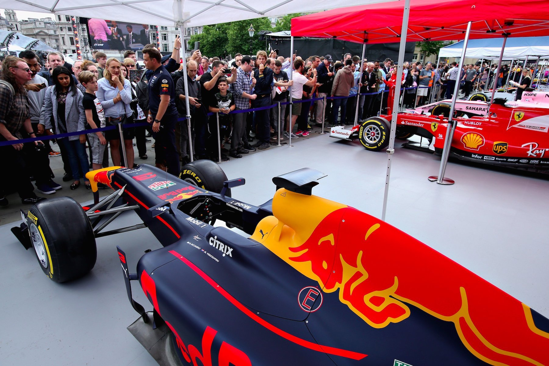 2017 F1 Live London 2 copy.jpg