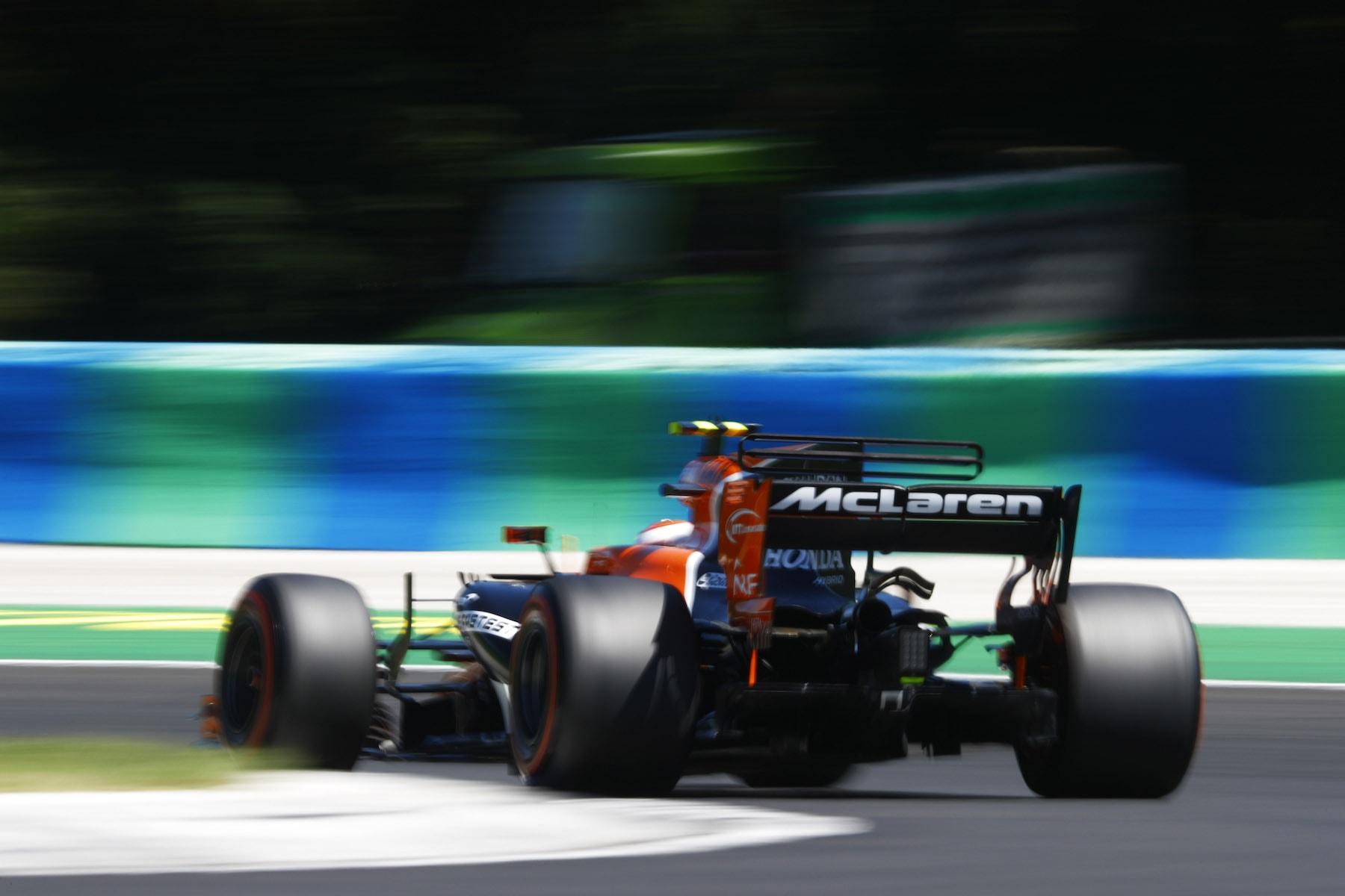 2017 Stofel Vandoorne | McLaren MCL32 | 2017 Hungarian GP Q3 1 copy.jpg