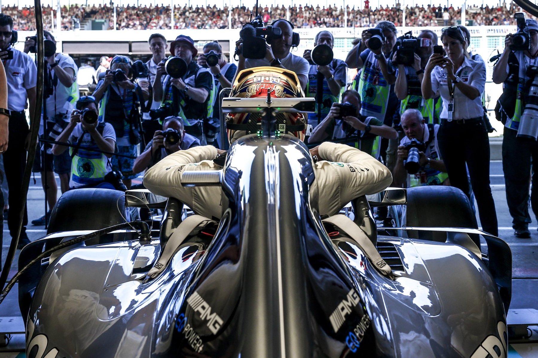 1 2018 Lewis Hamilton | Mercedes W09 | 2018 British GP Q1 1 copy.jpg