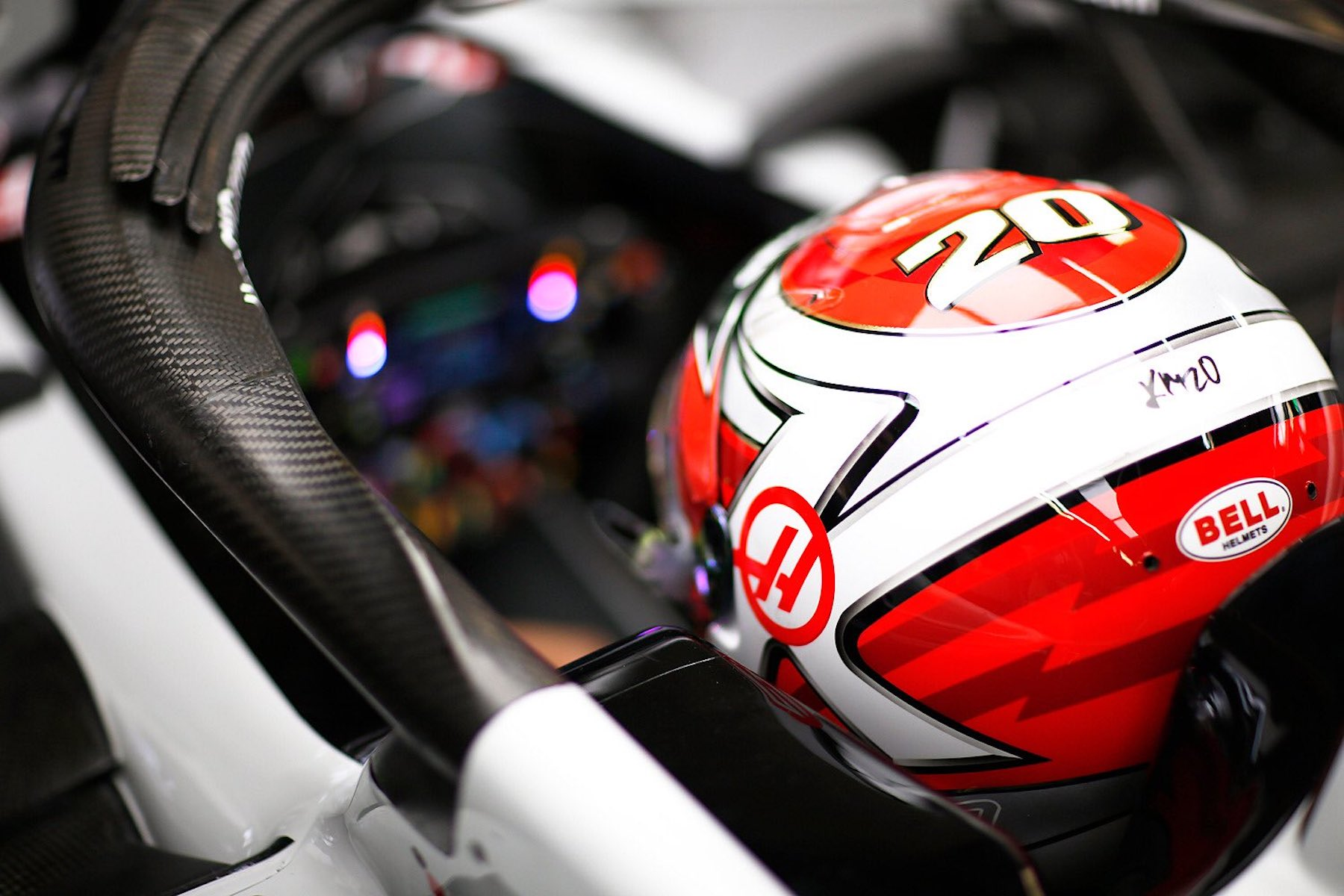 2018 Kevin Magnussen | Haas VF18 | 2018 Russian GP 1 copy.jpg