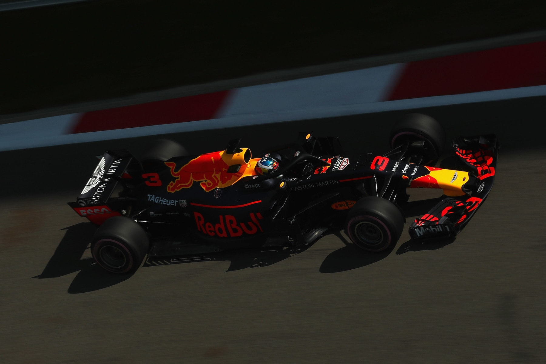 2018 Daniel Ricciardo | Red Bull RB14 | 2018 Russian GP Q1 2 Photo by Clive Rose copy.jpg