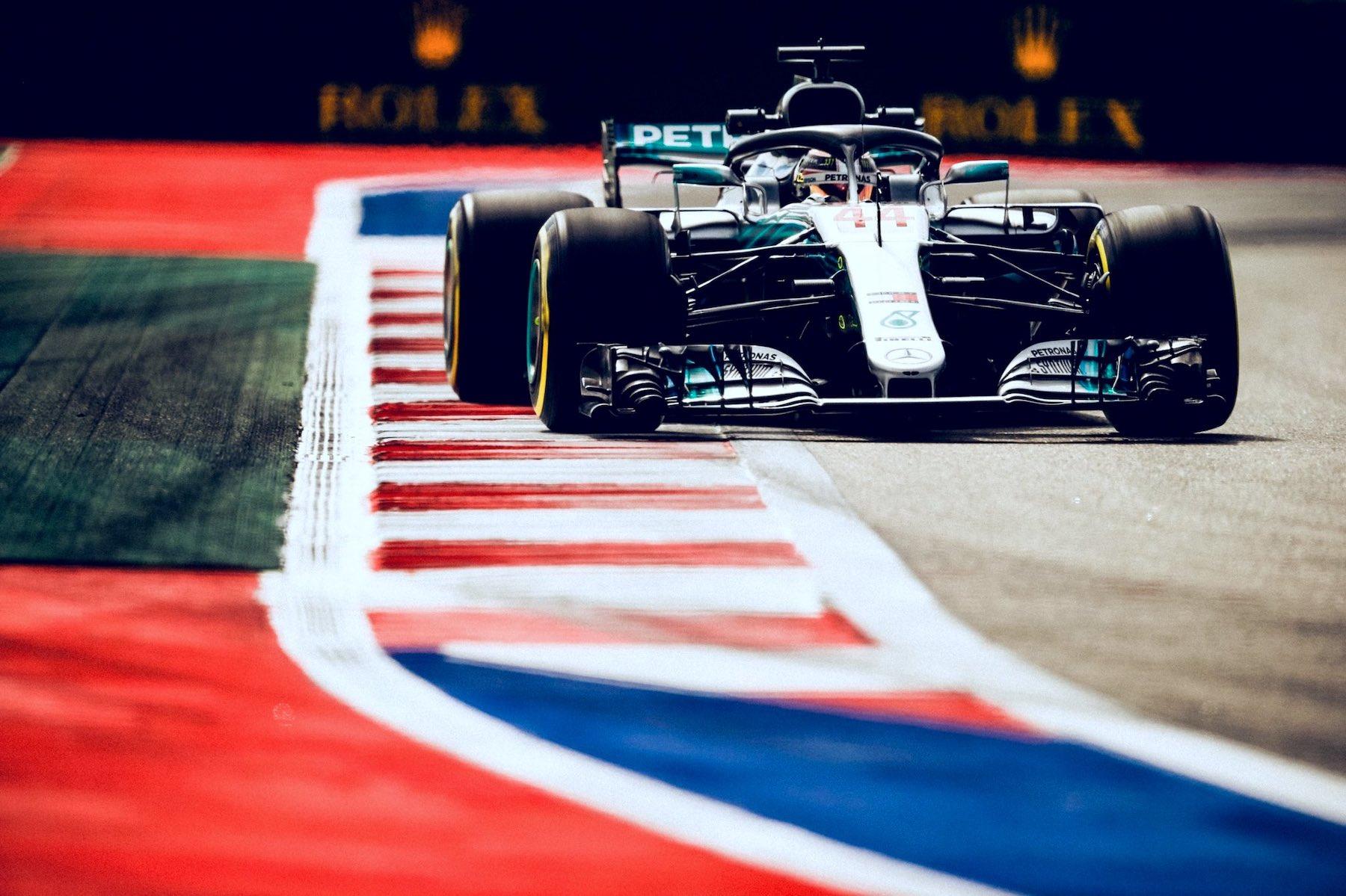 2018 Lewis Hamilton | Mercedes W09 | 2018 Russian GP FP3 2 copy.jpg