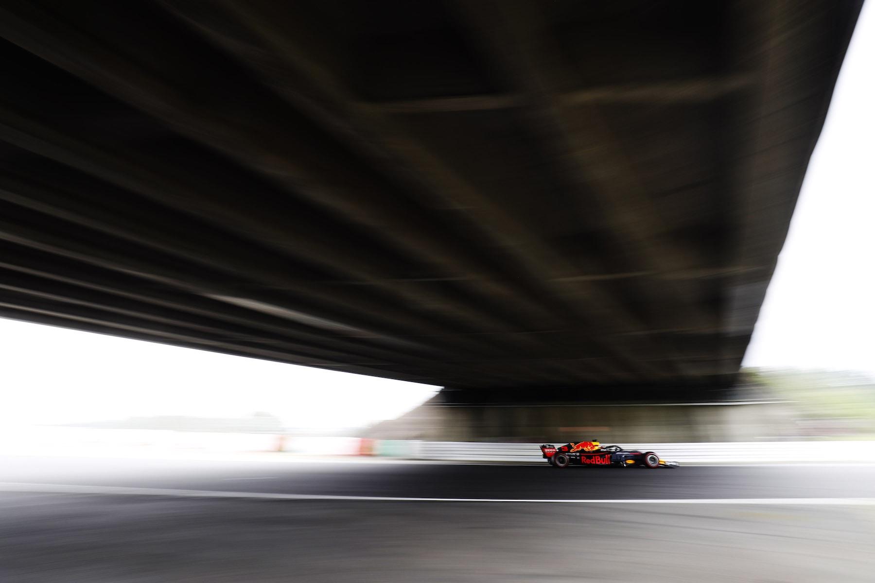 2018 Daniel Ricciardo | Red Bull RB14 | 2018 Japanese GP FP2 1 copy.jpg