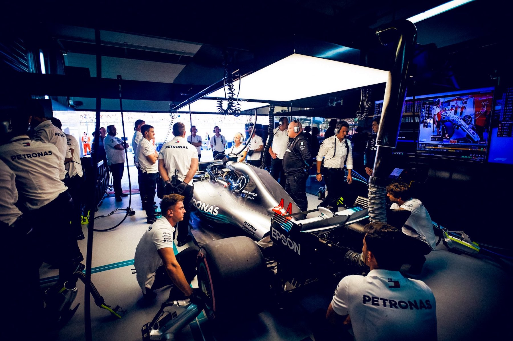 2018 Lewis Hamilton | Mercedes W09 | 2018 Japanese GP FP1 1 copy.jpg