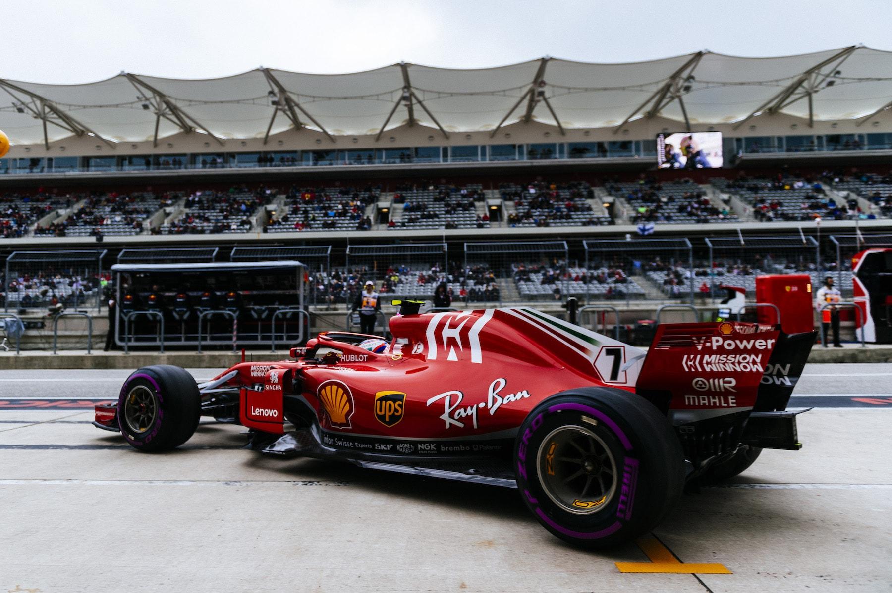 B 2018 Kimi Raikkonen | Ferrari SF71H | 2018 USGP Q3 1 copy.jpg
