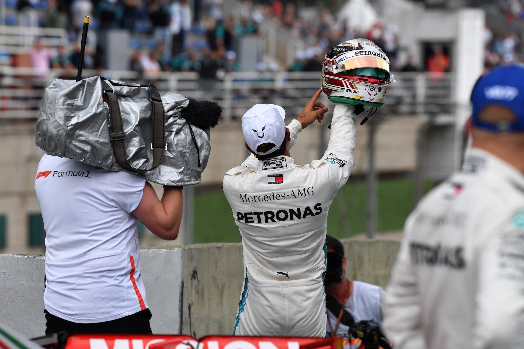 4 2018 Lewis Hamilton | Mercedes W09 | 2018 Brazilian GP Q3 Pole 2 copy.jpg