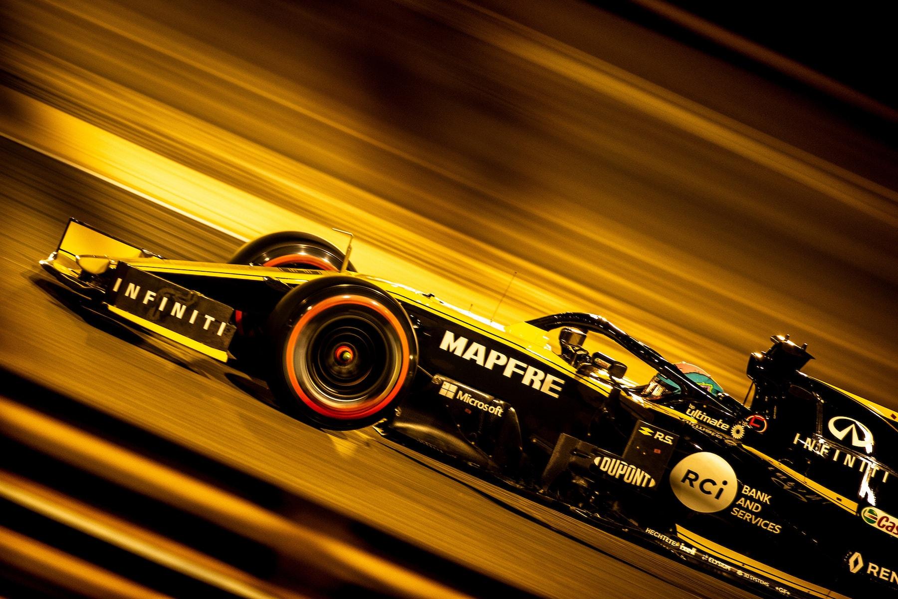 3 4 6 2019 Daniel Ricciardo | Renault RS19 | 2019 Bahrain GP DNF 1 copy.jpg