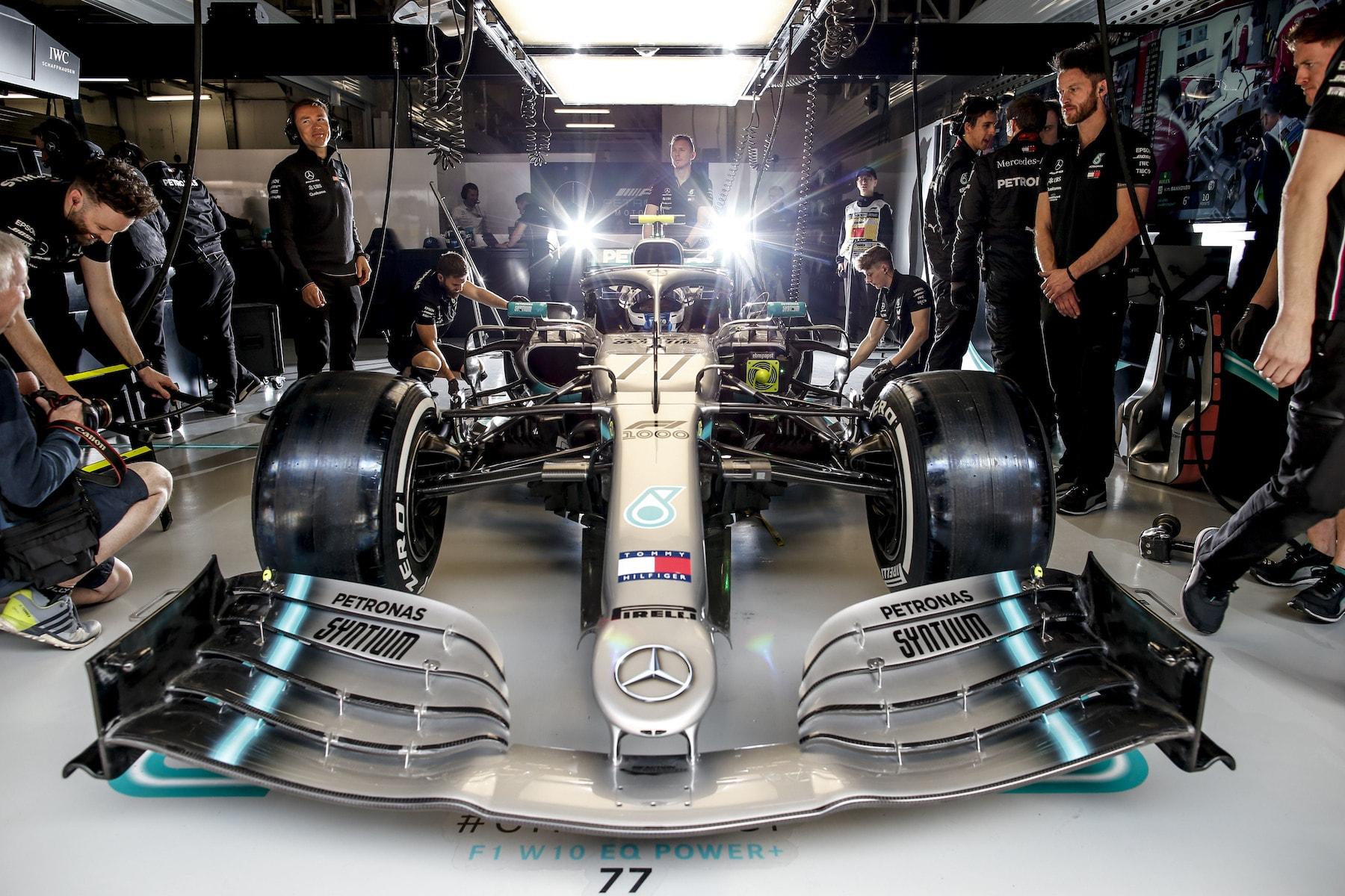 2 2019 Valtteri Bottas | Mercedes W10 | 2019 Chinese GP Q 5 copy.jpg
