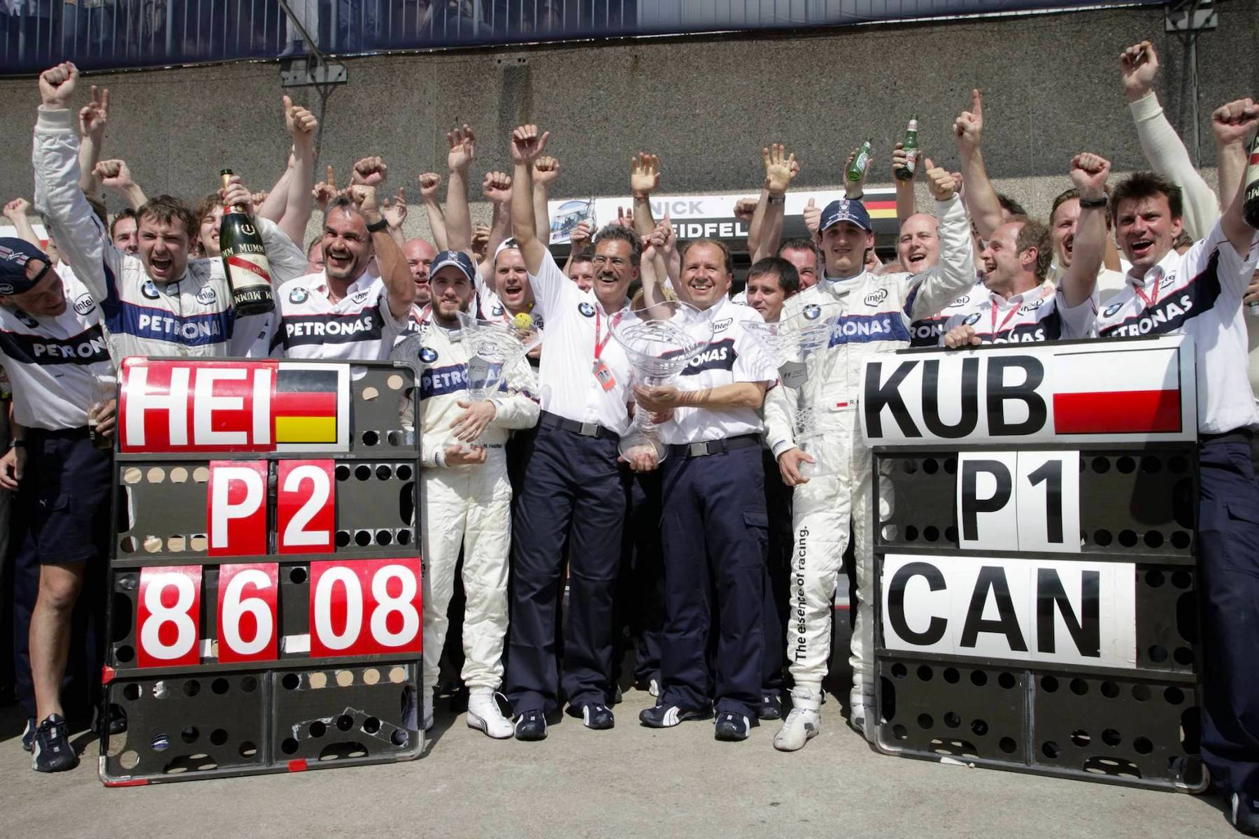 2008 Sauber celebrating | 2008 Canadian GP 1 copy.jpg