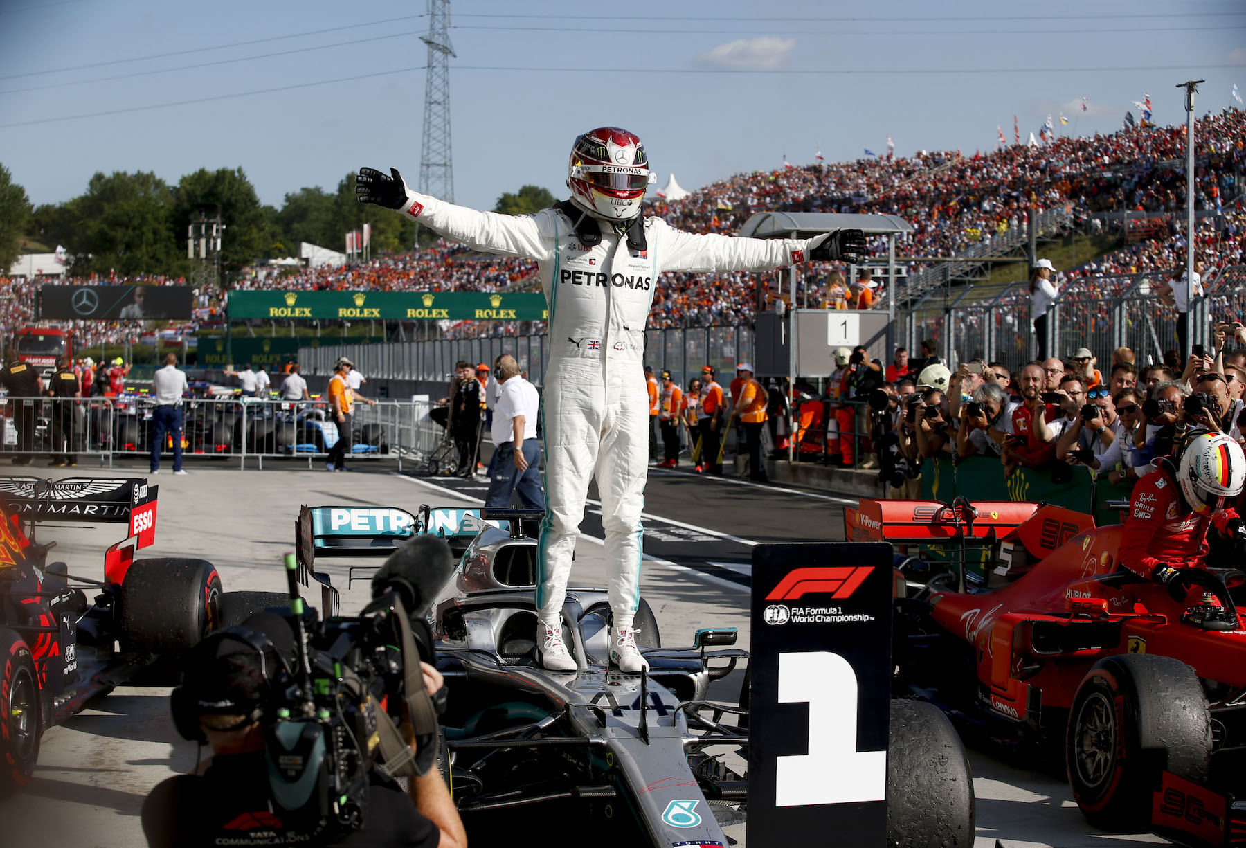 6 2019 Hungarian GP Sunday 77.jpg