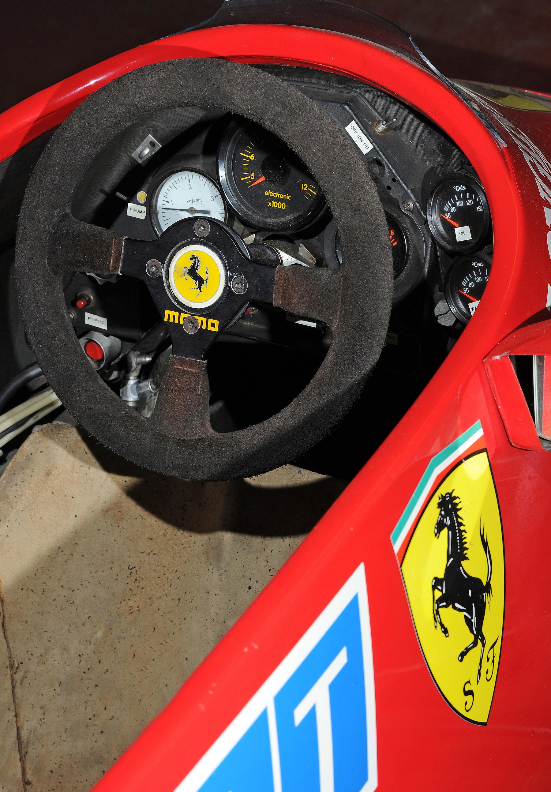 1984 Ferrari 126C4 3.jpg