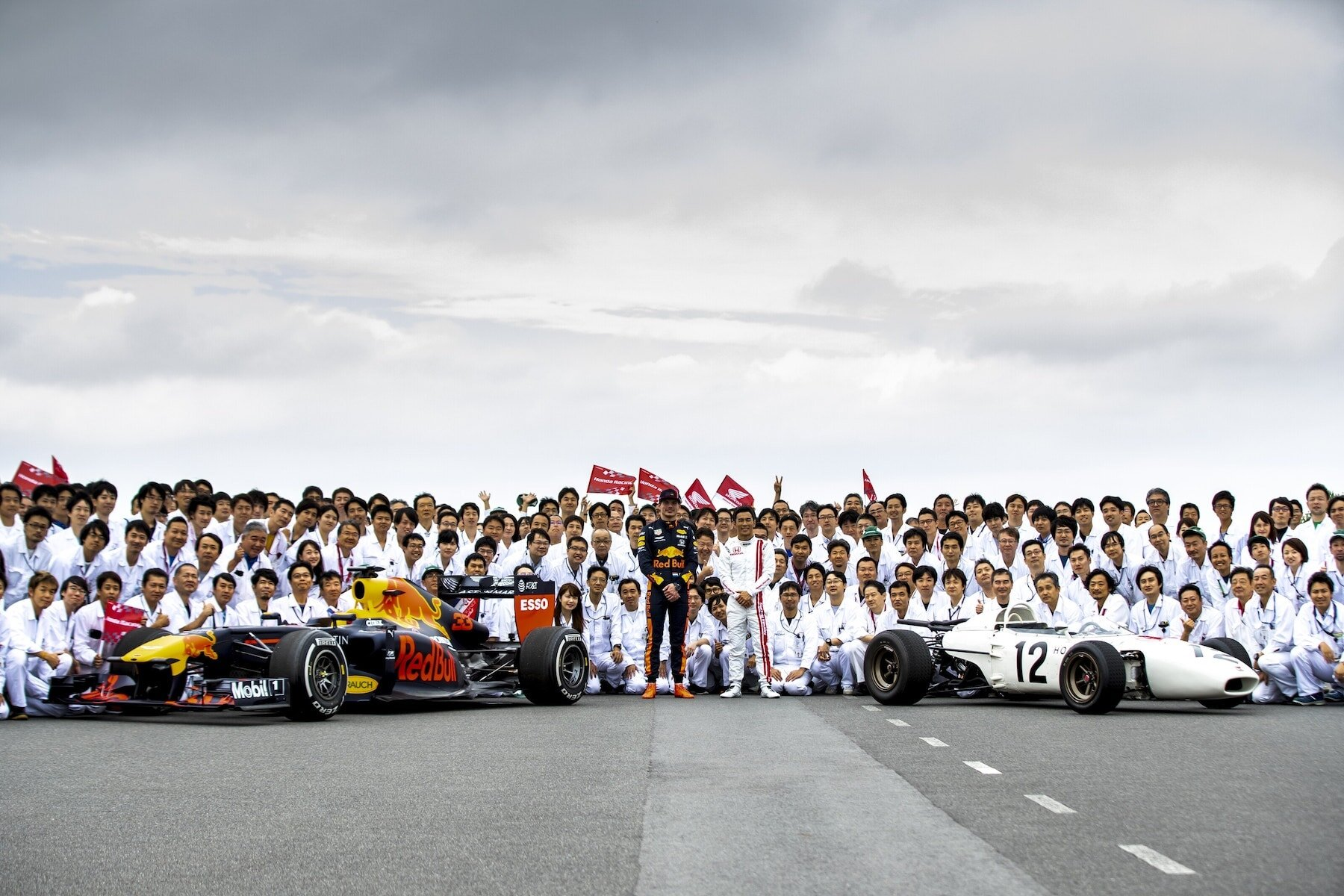 2019 Old and New RA272 and RB7 at Japan 12.jpg