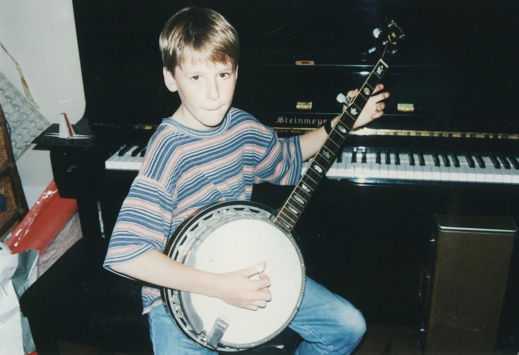 20_Jon-Levy_Memory-Lane_Banjo.jpg