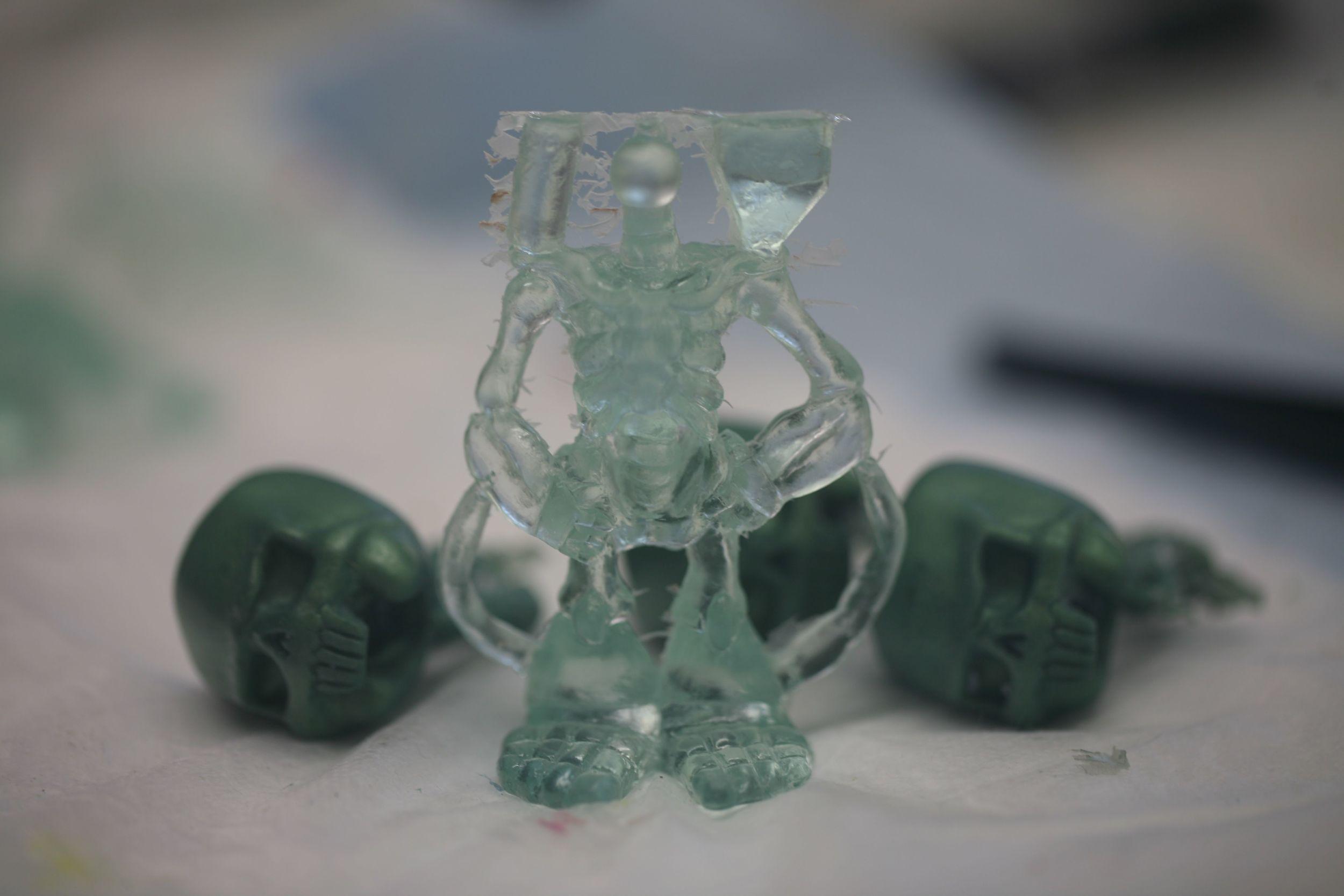clear unfinished body w green bodies hz.jpg
