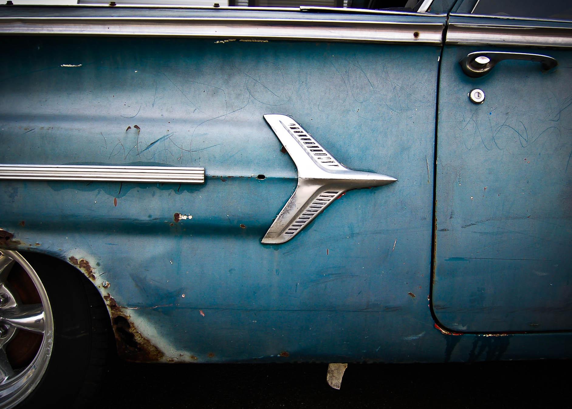 old car logo.jpg