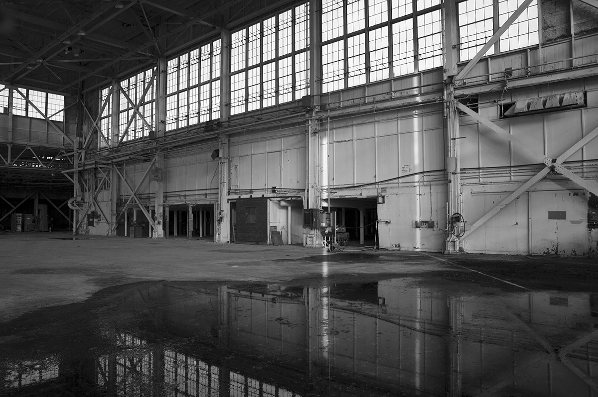 hangarInterior2BWmerged.jpg