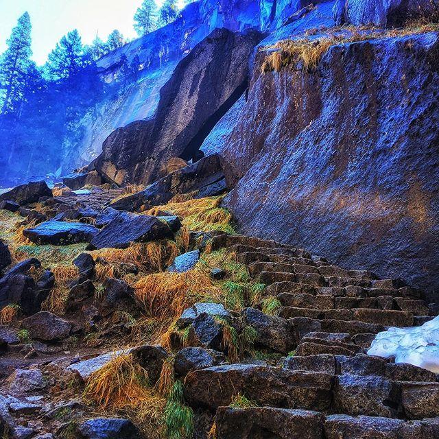 Just a walk in the park.  #yosemitenationalpark #misttrailyosemite #vernalfalls