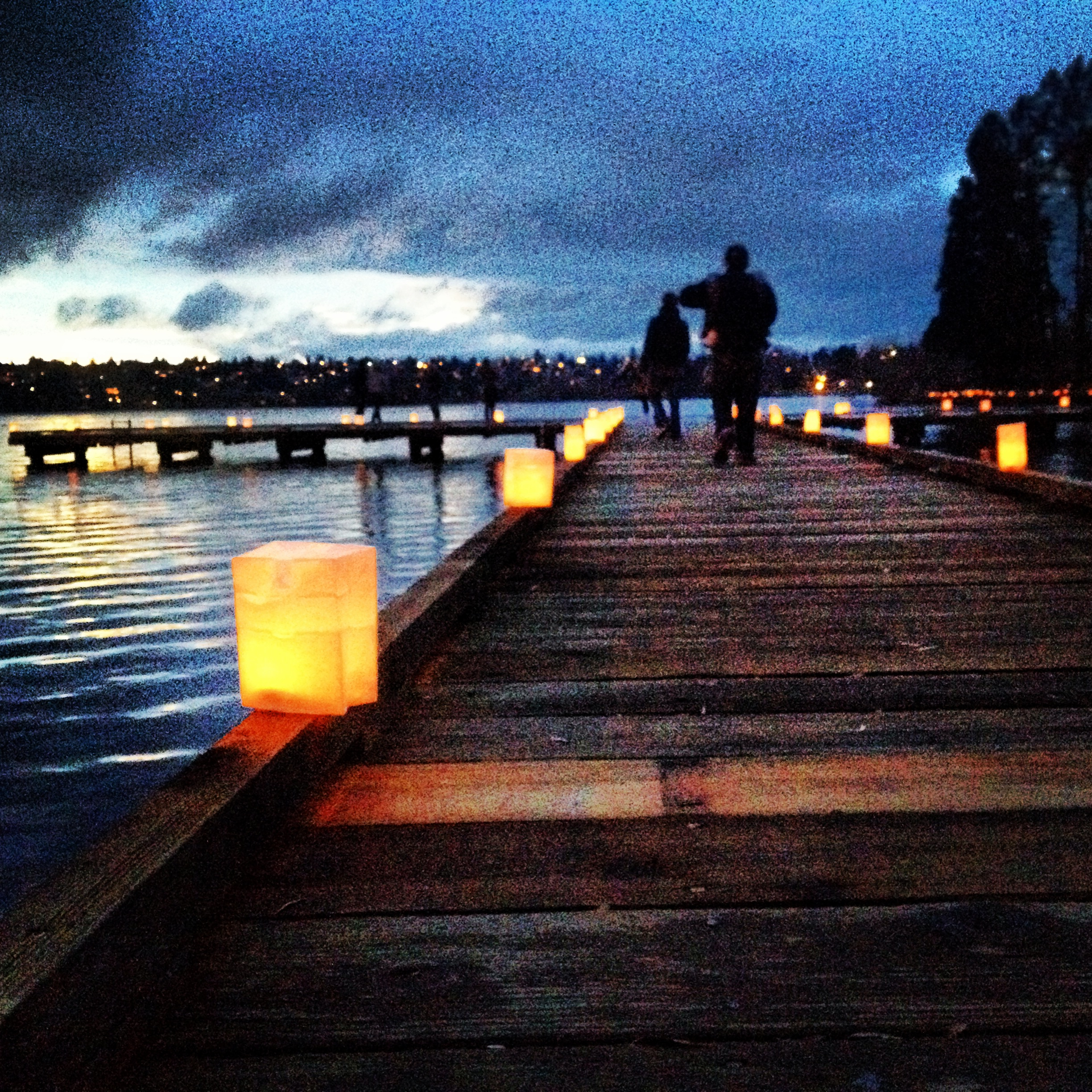 They even light the docks that surround the lake with the little candle-lit lanterns.
