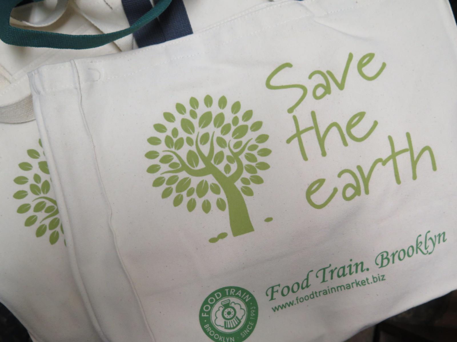 Come and get a free eco bag when you shop with us