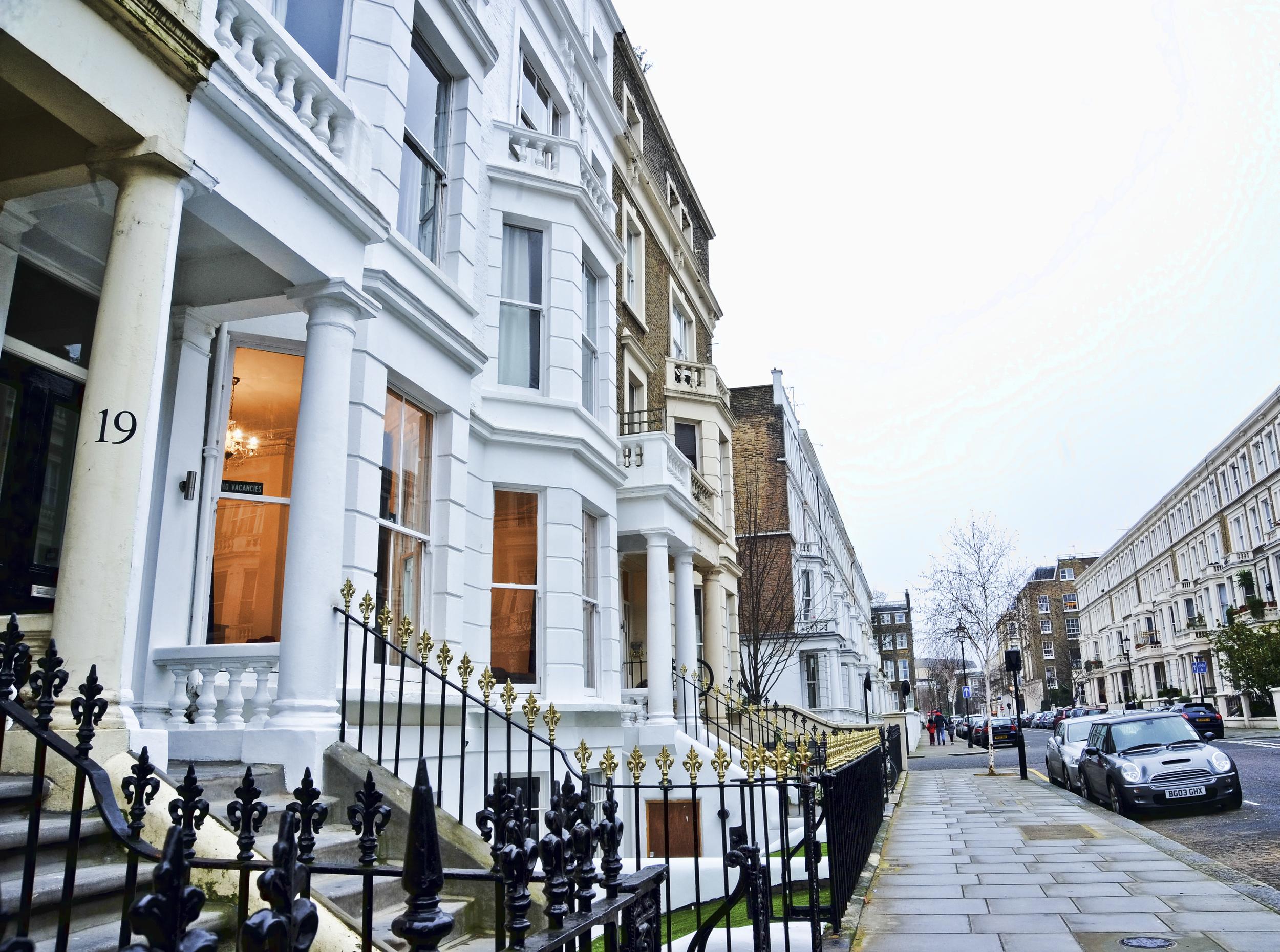 london-hostel-street-view.jpg