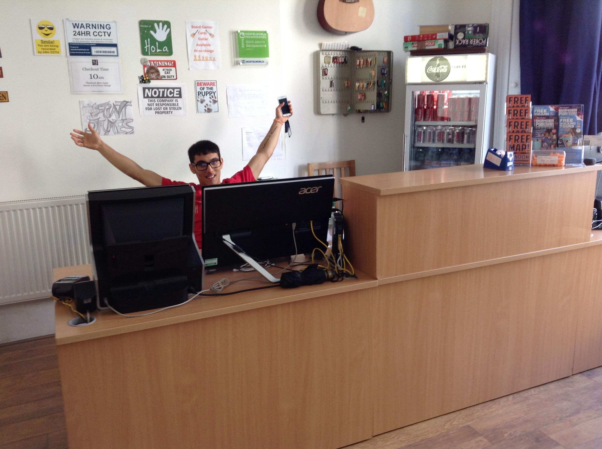 hostel-reception-welcome.JPG