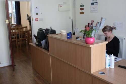 hostel-24h-reception.jpg