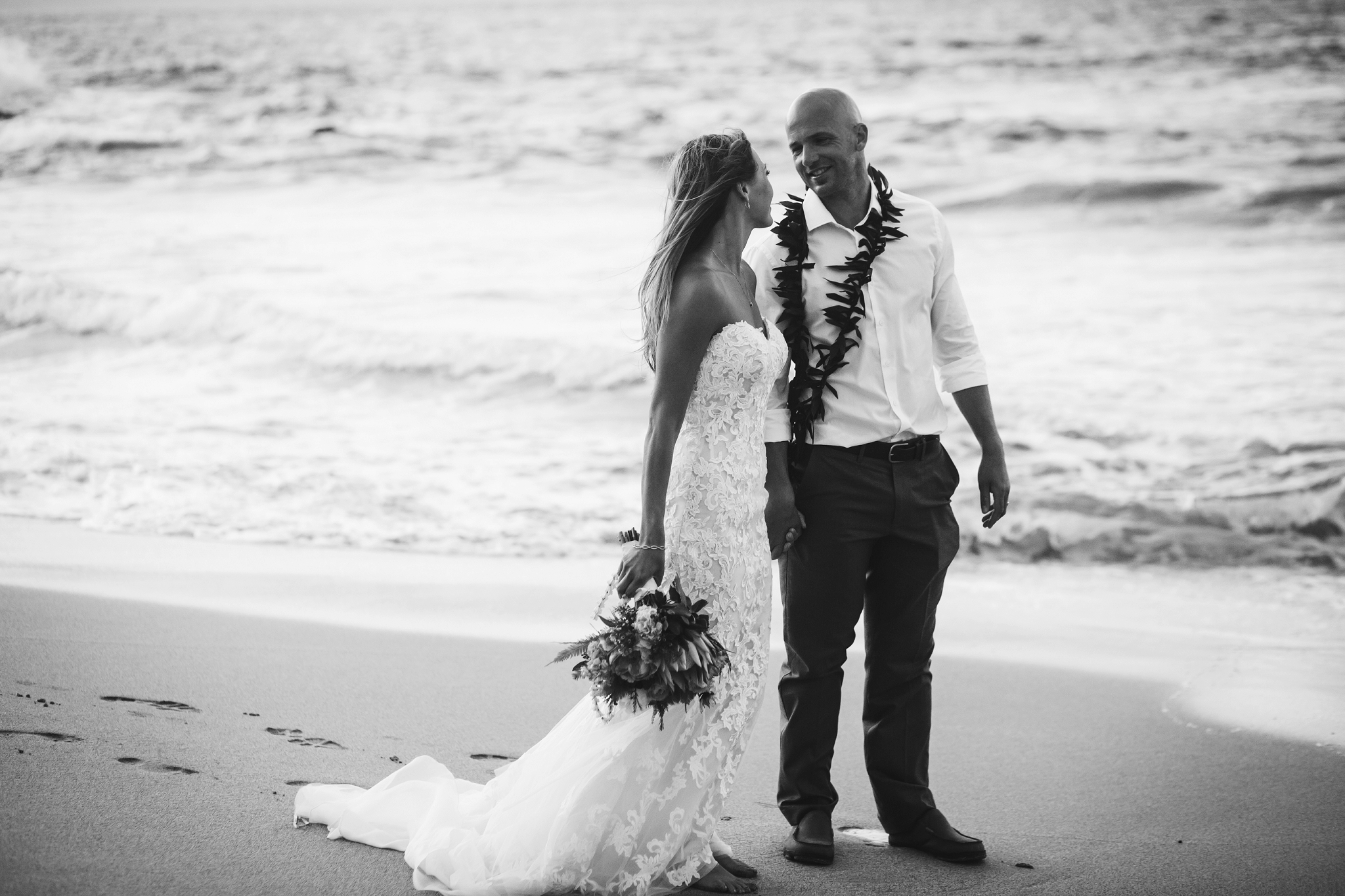 Maui_wedding_photographer_hawaii_destination_vannessa_kralovic (5).jpg