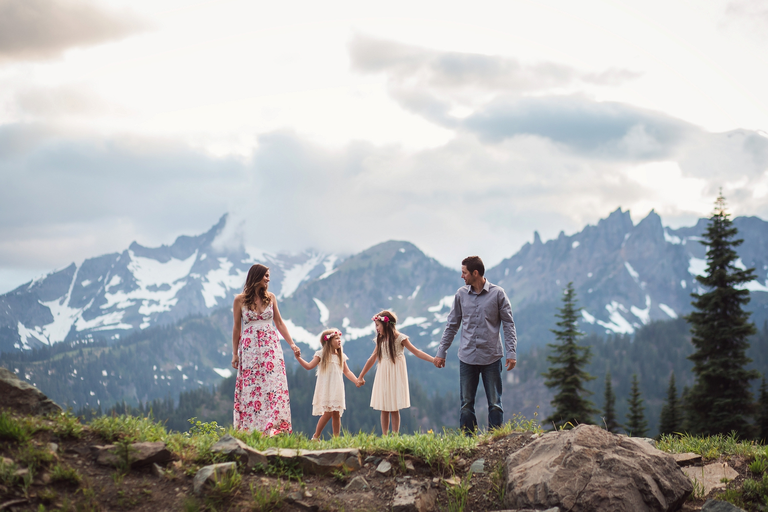 Mt_Rainier_Family_Photographer_vannessa_kralovic (14).jpg