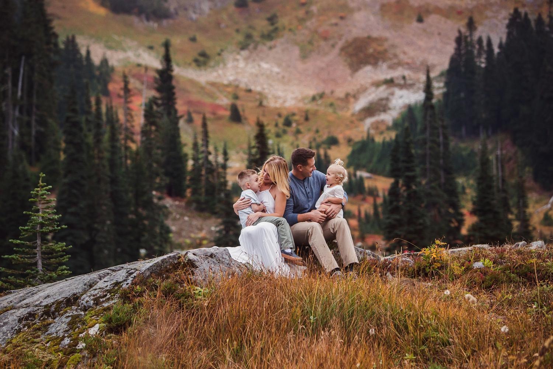 Mt_Rainier_Family_Photographer (3).jpg