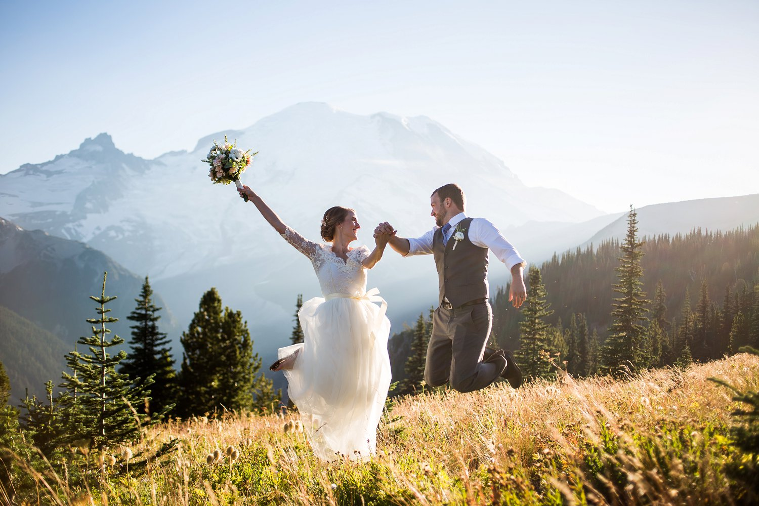 Mt_Rainier_Elopement_Photographer (1).jpg