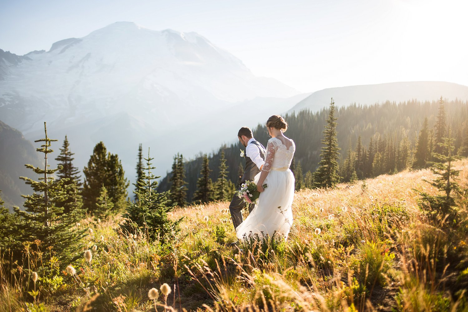 Mt_Rainier_Elopement_Photographer (10).jpg